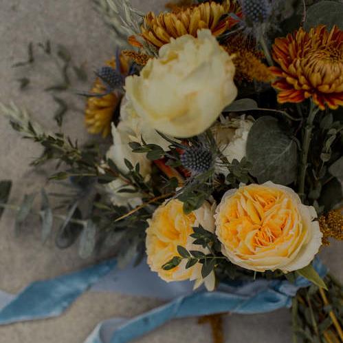Springy Fall Appalachian Wedding