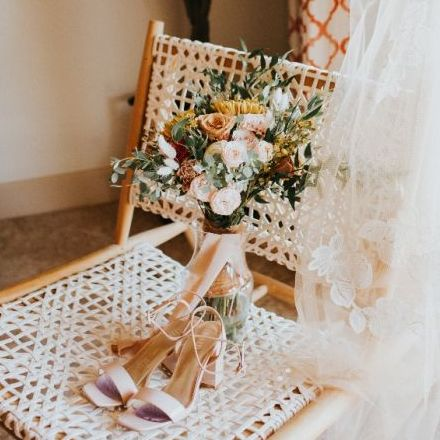 Trendy Minimalist Desert Wedding