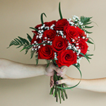 Gift Bouquet 12 Long Stemmed Roses Valentine's Day