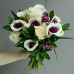 Fresh White Flowers Wedding Decor