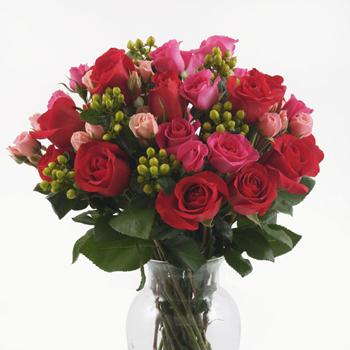 Elegant Valentine Roses Bouquet