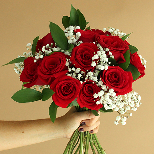 Mother's Day Dozen Roses Bouquet for Gifting