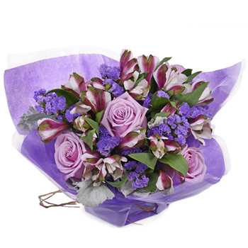 Monochromatic Lavender Bouquetta Centerpieces