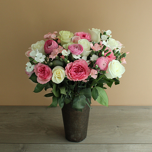 Mother's Spring Pastel Garden Rose Arrangement