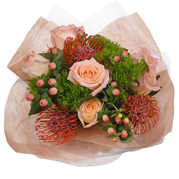 Monochromatic Peach Bouquetta Centerpieces