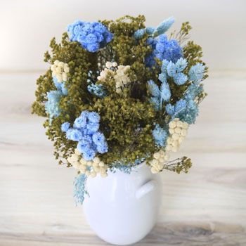 Cloud Nine Dried Flower Arrangement