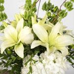 Classy White DIY Flower Centerpieces in a vase