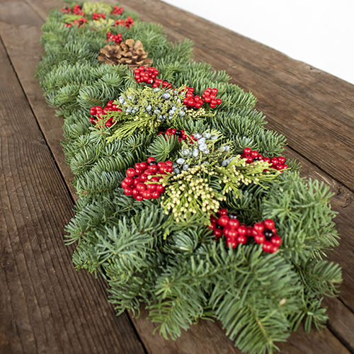 Holiday Greenery Mantelpiece Garland