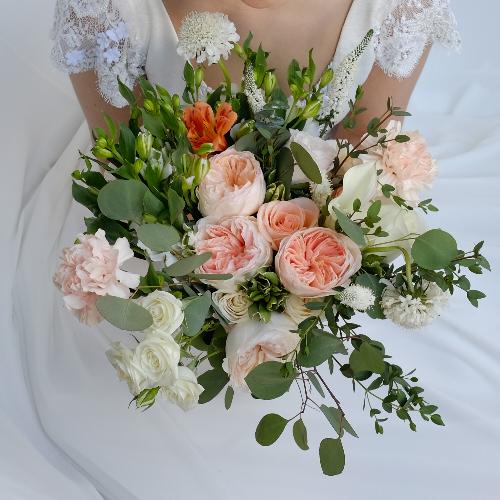 Blushing Bride Minimony Wedding Collection