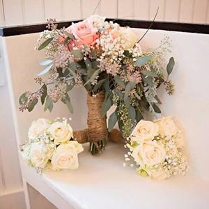Rose and Carnation DIY Flower Kit Bunch