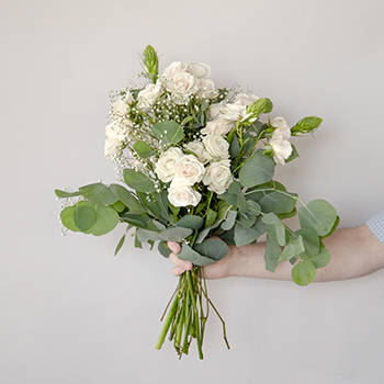Charming White Fresh Flower Arrangement